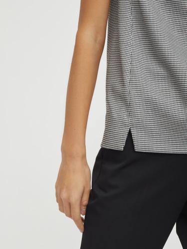Блуза с воротником из кожи