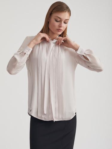 Полупрозрачная блуза с бантом