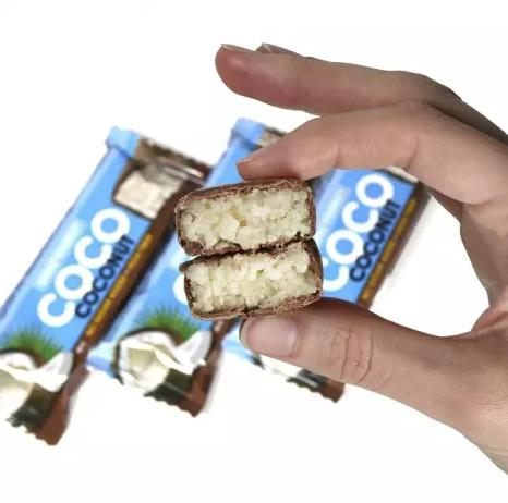 Батончик в шоколаде S*na*q F*a*briq кокос