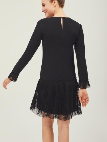 Платье с деталями из кружевной плиссировки