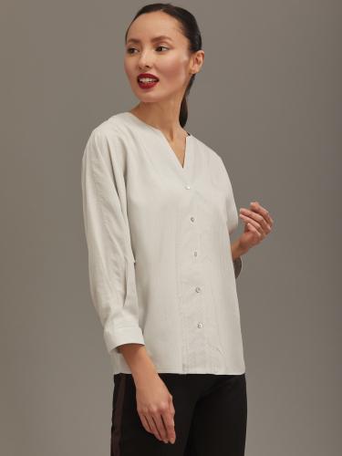 Блуза с фигурным вырезом