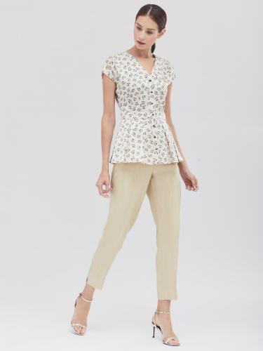 Блуза с растительным принтом и баской