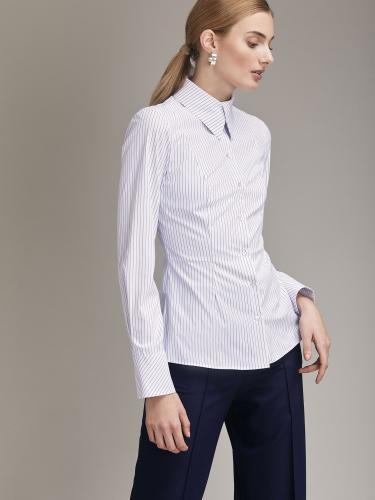 Блуза приталенного силуэта в полоску