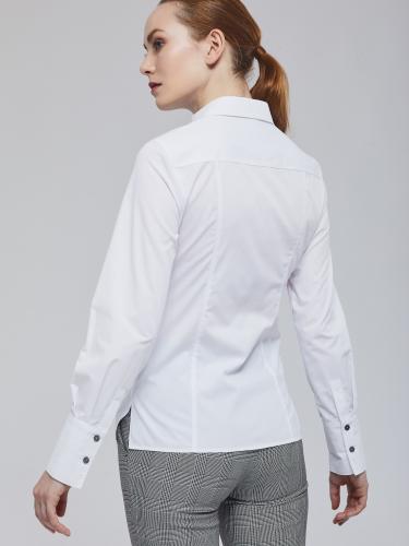 Приталенная рубашка с широкими манжетами