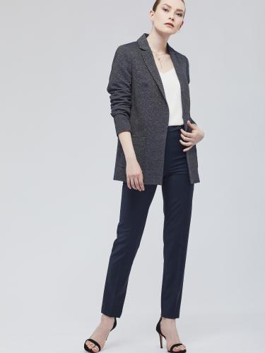 Пиджак с накладными карманами