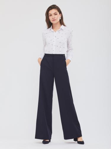 Широкие брюки с карманами