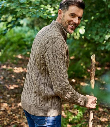 Мужской свитер крупной вязки из натуральной овечьей шерсти на молнии