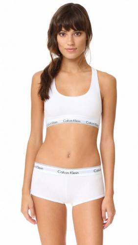Женский комплект Calvin Klein с чашечками белый: топ и шортики C12