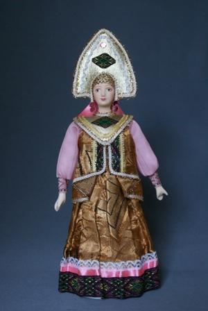 Кукла сувенирная фарфоровая. Русский народный костюм с душегреей.