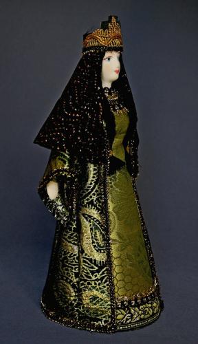 Кукла сувенирная фарфоровая. Хозяйка Медной горы. Сказочный персонаж.