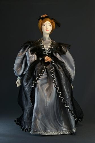 Кукла сувенирная фарфоровая. Дама в бальном платье. Первая пол. 19в. Петербург.