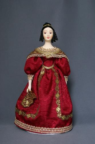 Кукла сувенирная фарфоровая. Дама в бальном платье с веером. 1830-е г. Петербург.