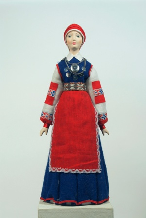 Эстонский женский костюм сер. 19в. Область: Poluam