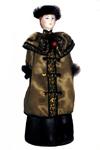 Кукла сувенирная фарфоровая. Горожанка в зимнем костюме. Нач.20 в. Россия