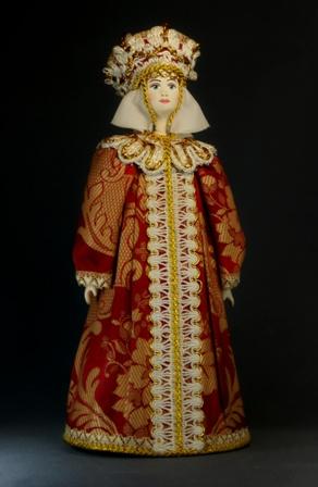 Кукла сувенирная фарфоровая. Царица в праздничном одеянии. 16-17 в. Русь.