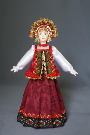 Кукла сувенирная фарфоровая. Девушка в стилизованном русском костюме