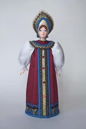 Кукла сувенирная фарфоровая. Традиционный праздничный  костюм. Россия.