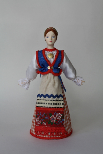 Кукла сувенирная фарфоровая. О-в Сартаавала.Эстонцы-сету. Праздничный девичий костюм. К. 19-н. 20 в.