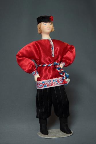 Кукла сувенирная фарфоровая. Россия. Парень в праздничной одежде. К. 19-н. 20 в.