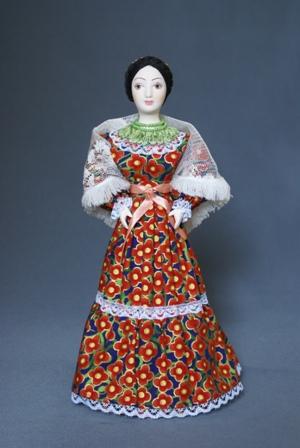 Кукла сувенирная фарфоровая. Казачка.Традиционный летний наряд. К.19-н. 20 в. Россия.