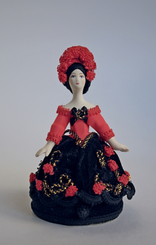 Кукла сувенирная фарфоровая. Роза. Шкатулка.