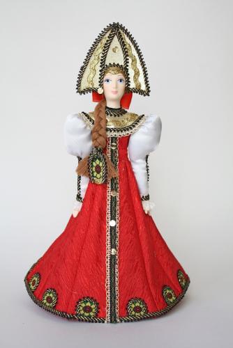 Кукла сувенирная фарфоровая. Девушка в традиционном праздничном костюме. К.19 -н. 20 в. Россия.