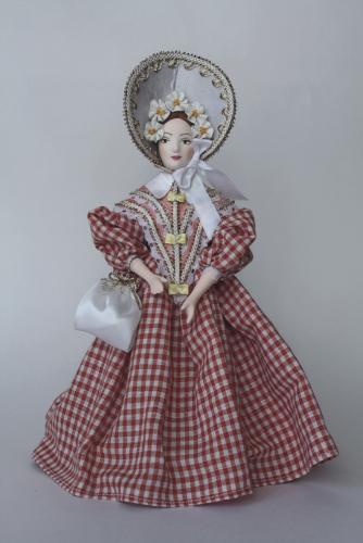 Кукла сувенирная фарфоровая. Барышня в летнем светском  платье.1840-е г. Россия