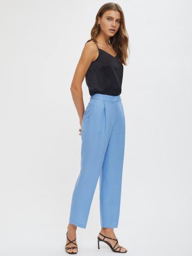 Прямые брюки изо льна