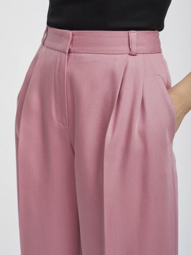 Широкие брюки на талии