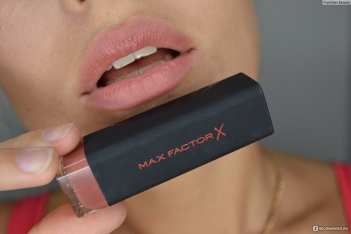 Max Factor Помада Губная  Velvet Mattes Collection Ж Товар Тон nude 05