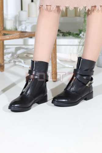 Женские осенние ботинки Nicky