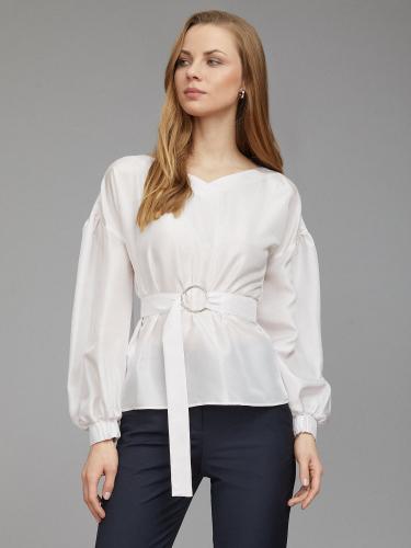 Шелковая блуза с поясом