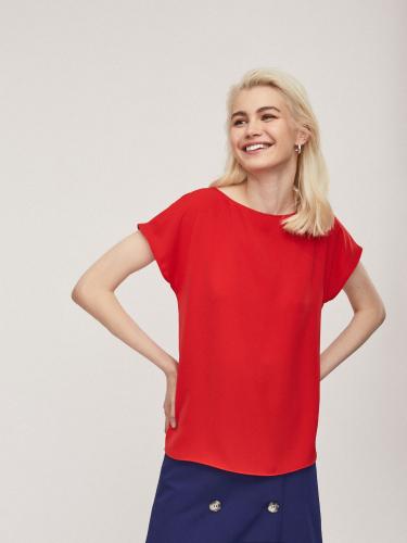 Блуза свободного силуэта