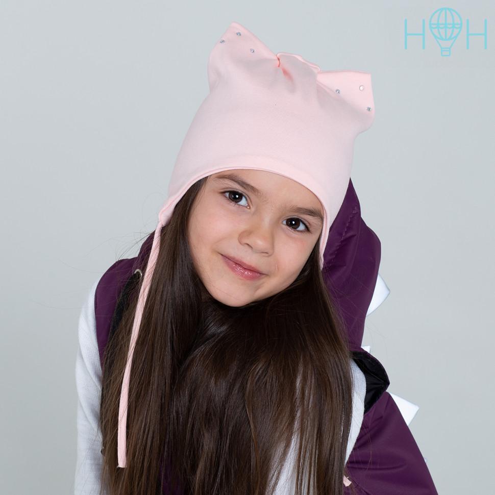 фото юли гамали с шапкой кошкой розовой