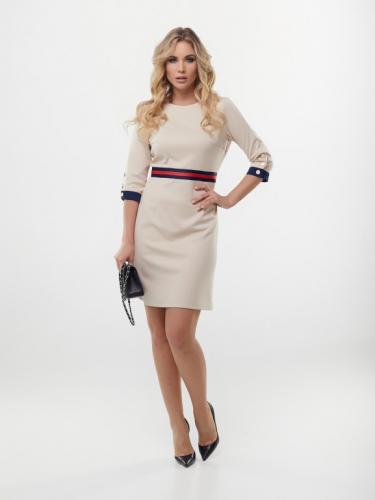 Платье цвет бежевый с поясом