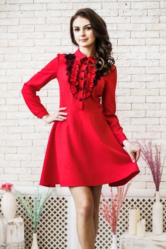 Платье-рубашка цвет красный с кружевом