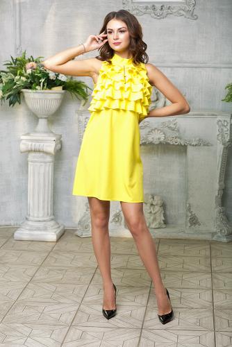 Платье с рюшами жабо цвет желтый