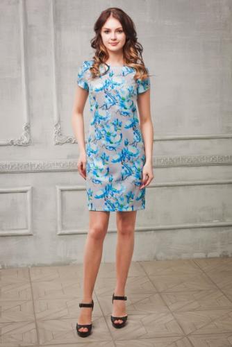 Платье-футляр голубые цветы