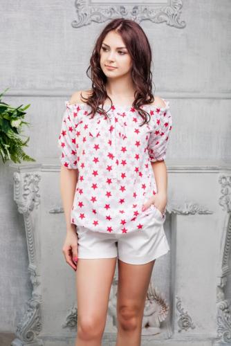 Блуза принт красные звезды