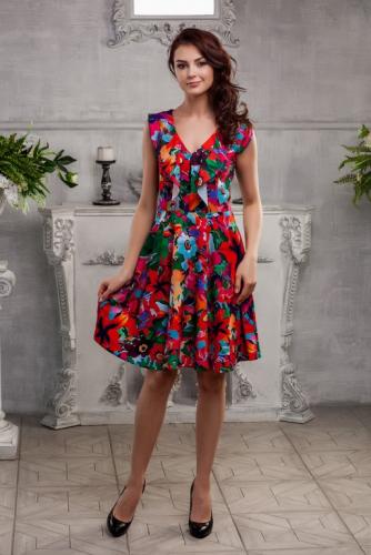 Платье цветное с воланом