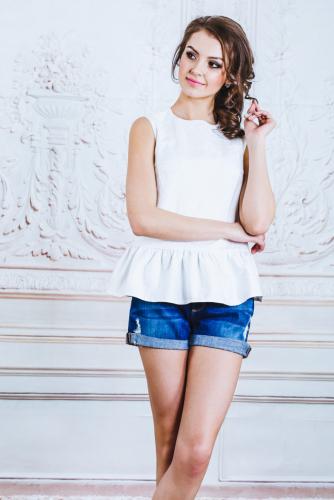 Блуза белая жаккард