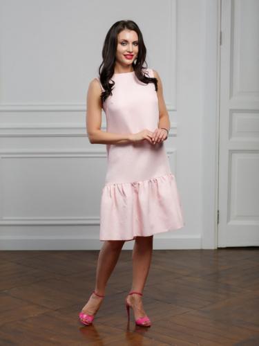 Платье из жаккарда с воланом цвет пудра