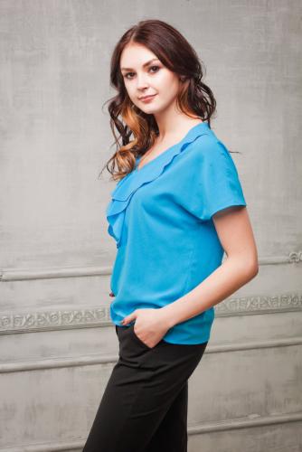 Блуза цвет голубой