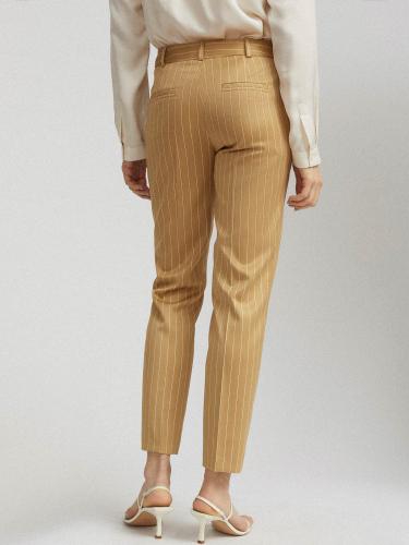 Зауженные брюки с принтом