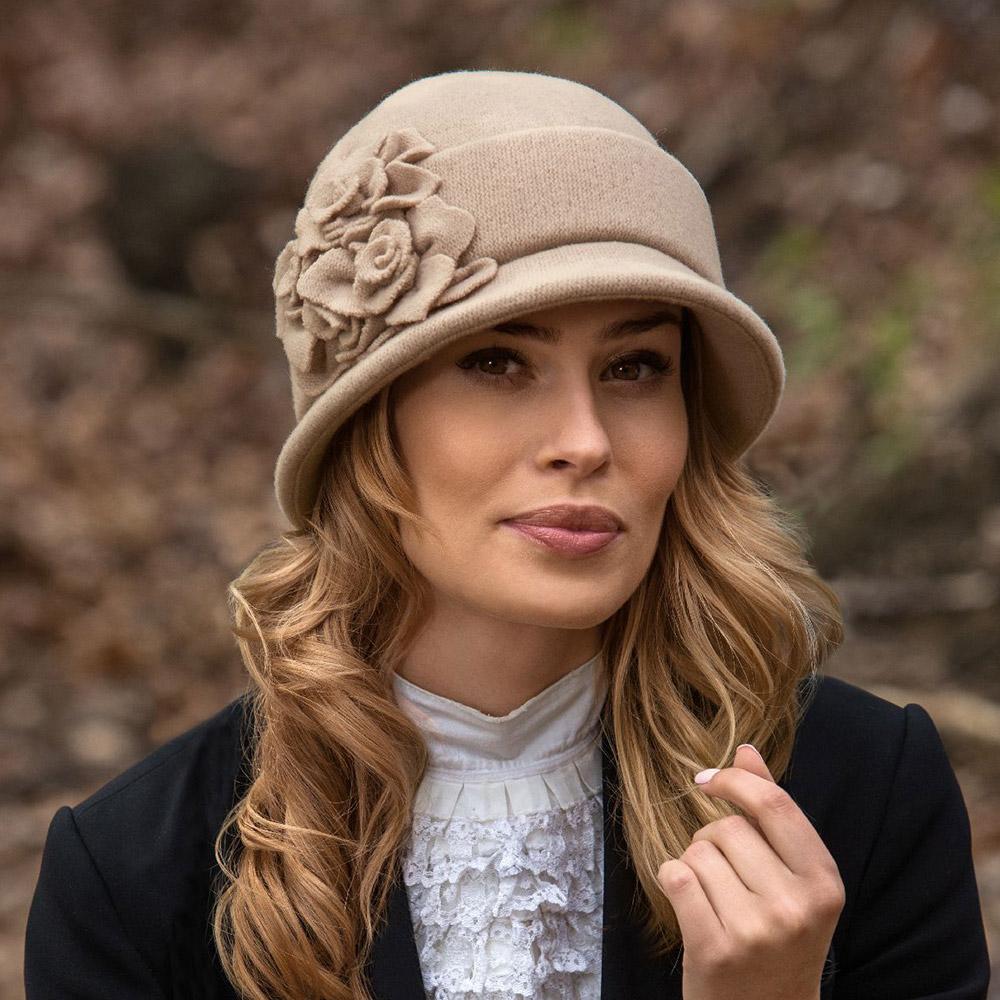 модные шляпки фото утверждают очевидцы