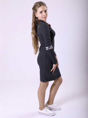 Платье прилегающего силуэта с воротником стойка 193213913
