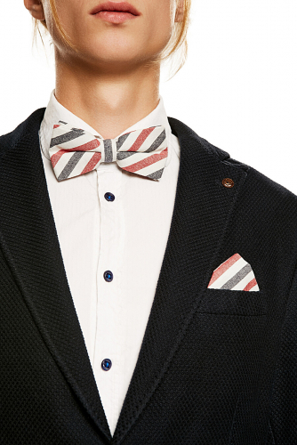Комплект: галстук-бабочка и платок Пристегните ремни #188319Темно-синий, красный, белый