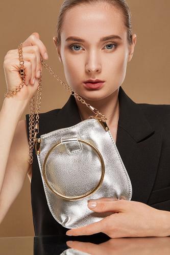 Сумка с ручкой кольцом Очаровательная Николь #195477Золотистый, серебристый