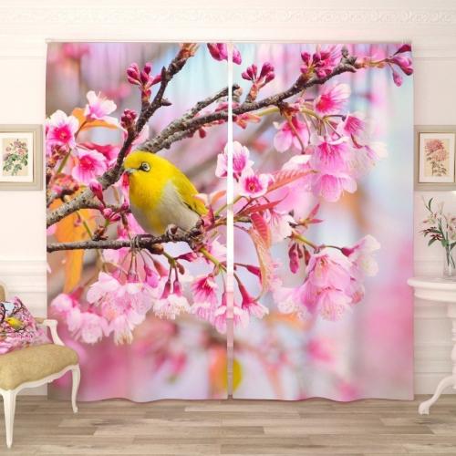 Фотошторы Желтая птичка на вишне