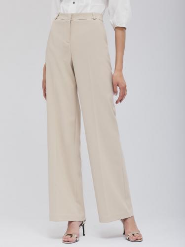 Широкие брюки со стрелками